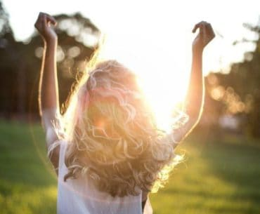 Use these powerful affirmations to attract positive energy into your life, and live more joyfully.