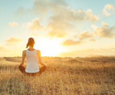 12 Amazing benefits of meditating in the morning