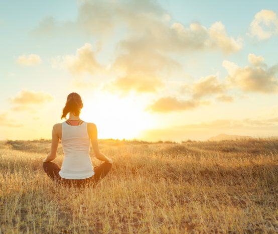 Hack Your Happy – 12 Benefits of Meditation in the Morning